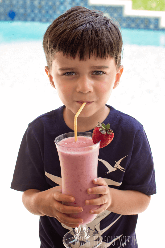Strawberry-Banana-Shake-for-Picky-Eaters-04