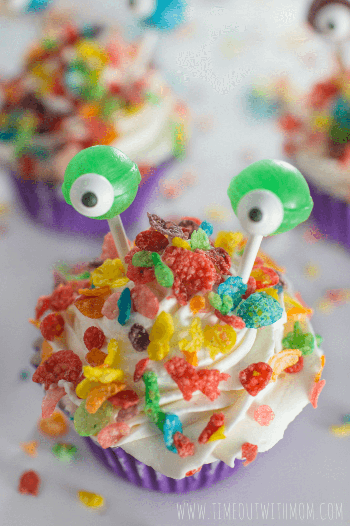 monster_ice_cream_cupcakes-010