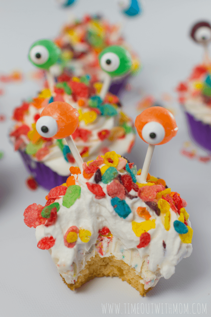 monster_ice_cream_cupcakes-012